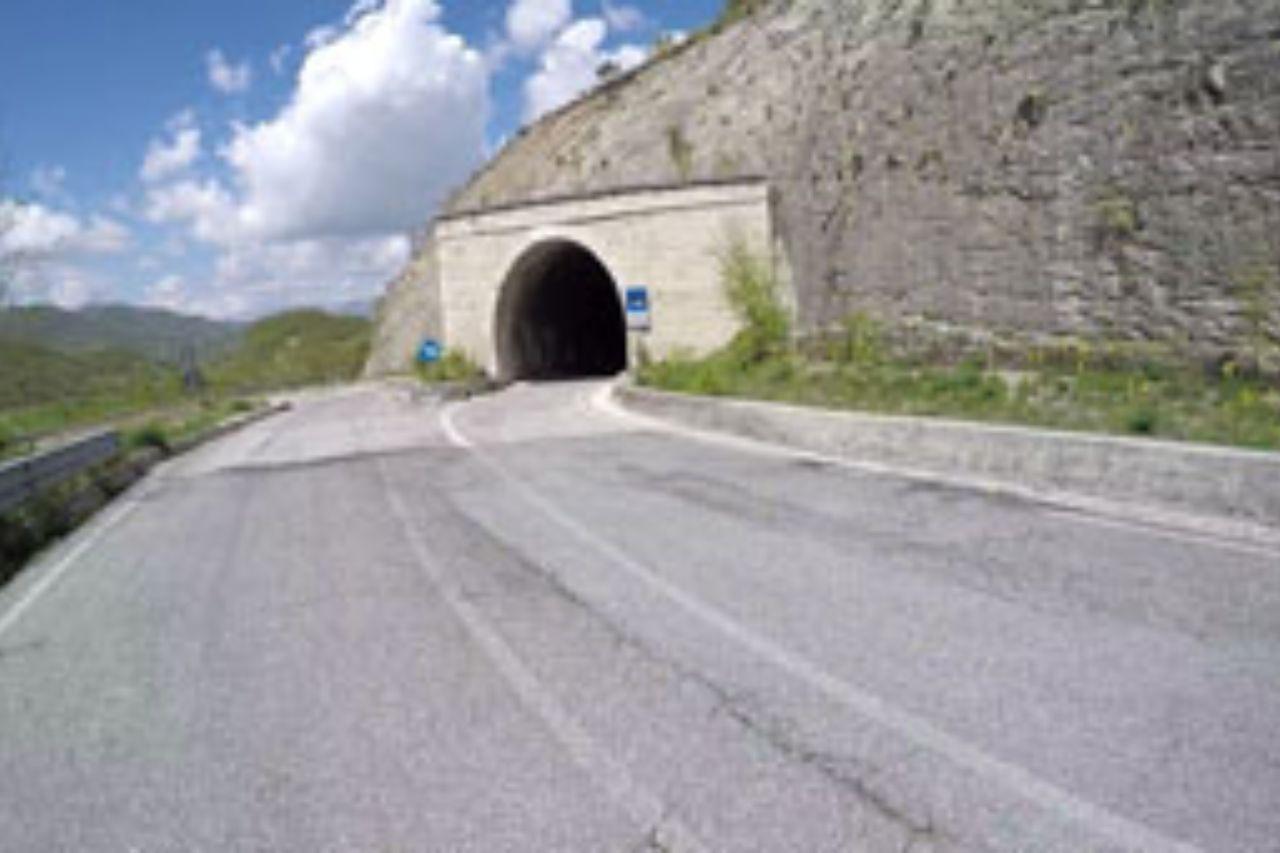 Uscita del tunnel del passo della scheggia