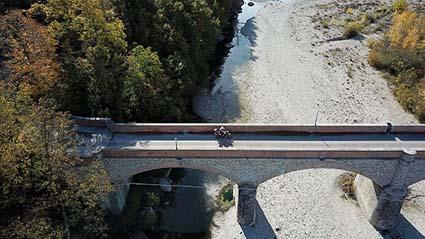 Romagna in moto ponti sul fiume Marecchia