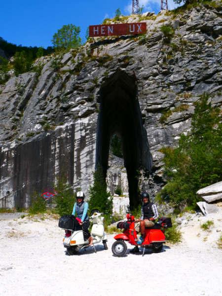 Toscana in moto - Apuane cava di Henroux