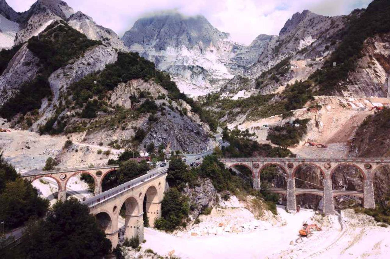 Toscana in moto - le Apuane Fantiscritti