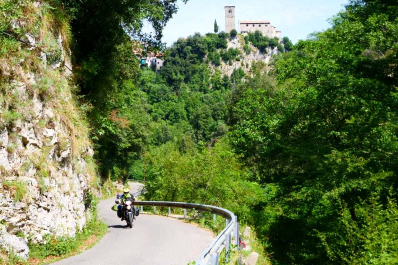 Toscana in moto - le Apuane